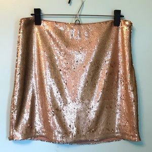 NWT Romeo + Juliet Couture Gold Sequin Skirt Sz L